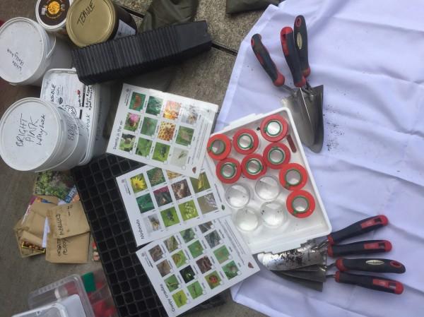 Spring event kit